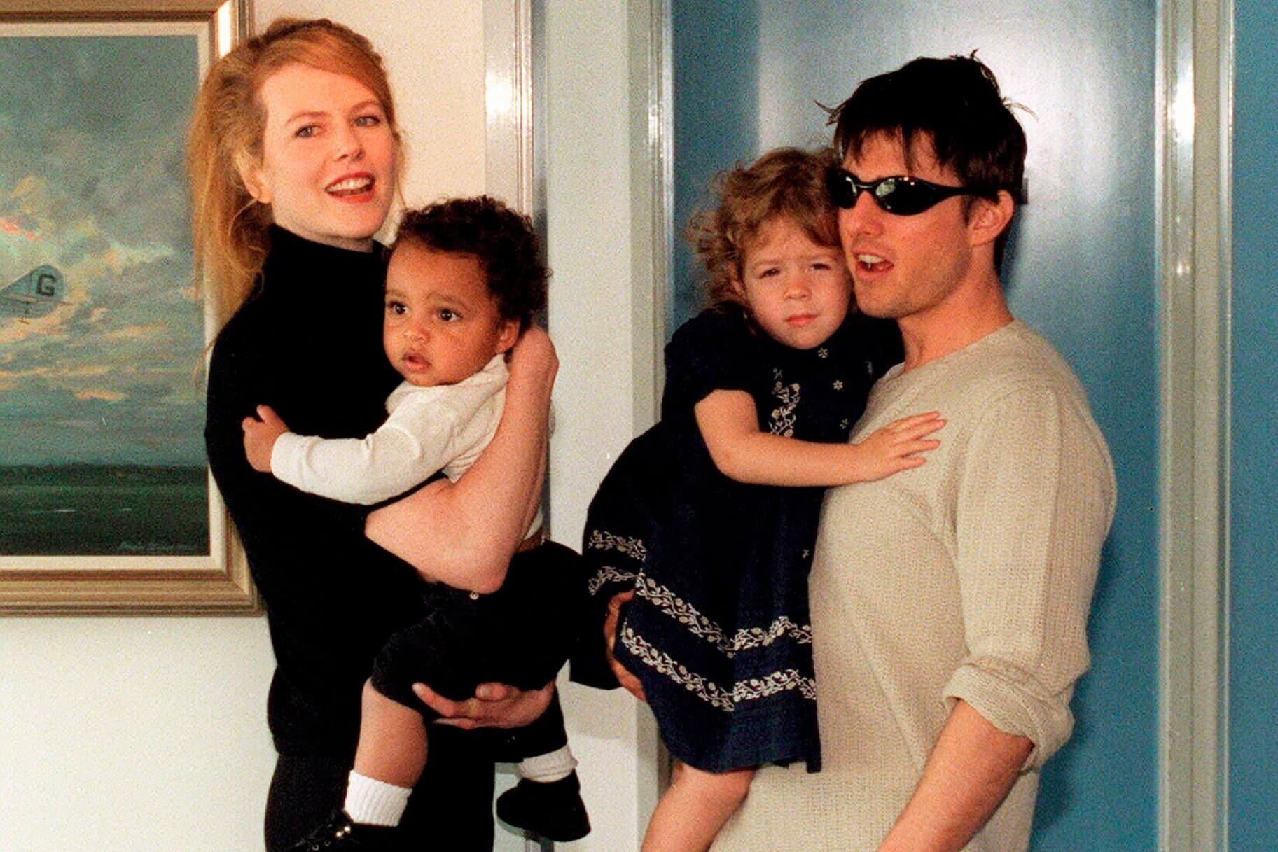 Tom and Nicole Kidman with Children